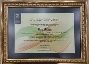 Departemen Sosiologi mendapatkan penghargaan akhir tahun.